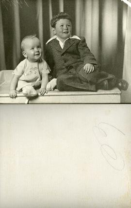Children of Ann Koski Chisholm and Archie Chisholm. Photo taken in Sudbury -  Baby Leslie Karen w...